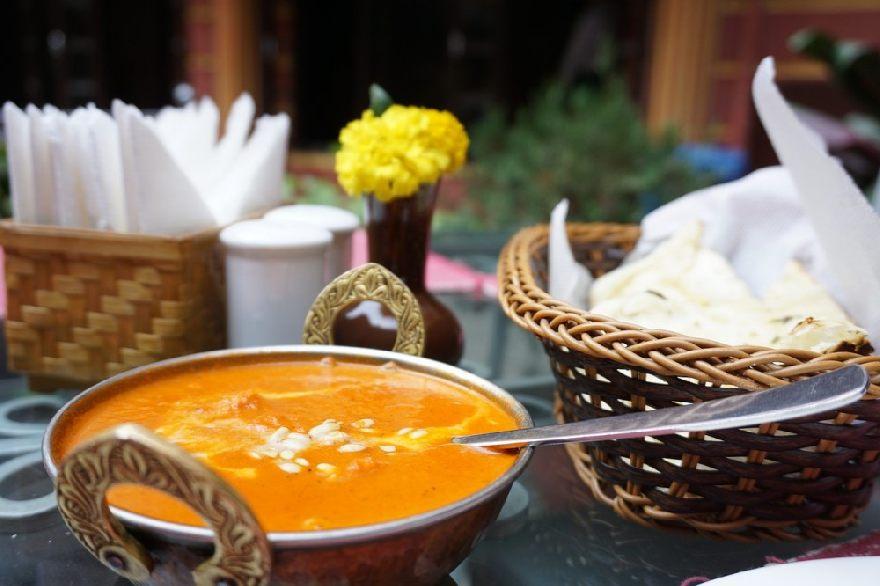 Restaurant Lahori mit indischen und pakistanischen Spezialitäten mit Lieferservice in Schwerin.